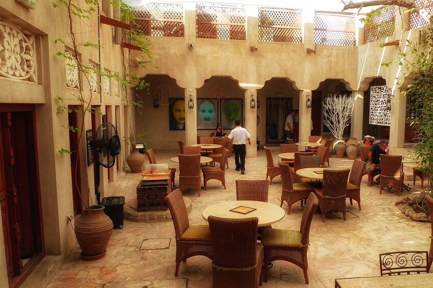 places to hang out in Dubai