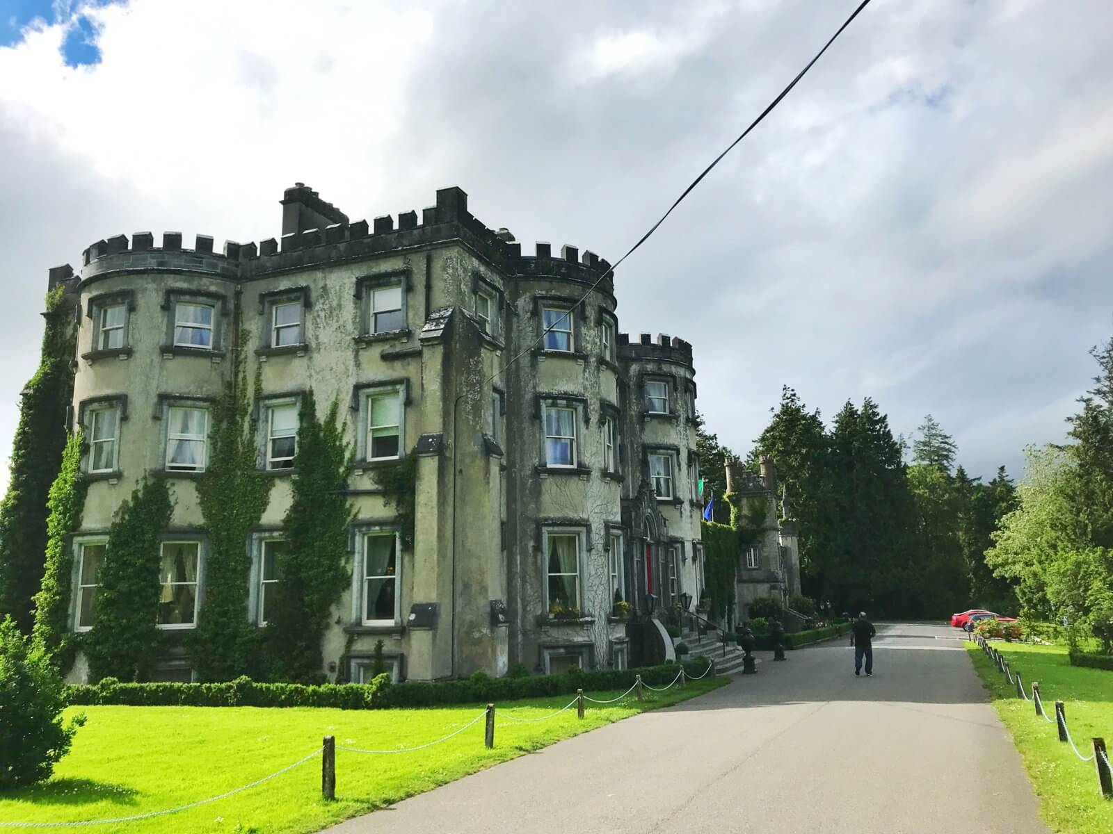 Affordable castle hotel in Ireland
